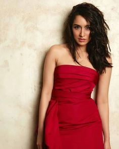 Beautiful Shraddha Kapoor In Hot Red Dress. - Bollywood New Star Bollywood Actress Hot Photos, Indian Bollywood Actress, Bollywood Girls, Beautiful Bollywood Actress, Most Beautiful Indian Actress, Bollywood Fashion, Indian Actresses, Bollywood Style, Beautiful Actresses