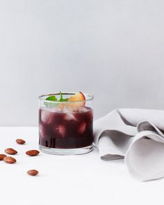 Delicious Blackberry Smash Cocktail Recipe - maybe for a Kentucky Derby party?