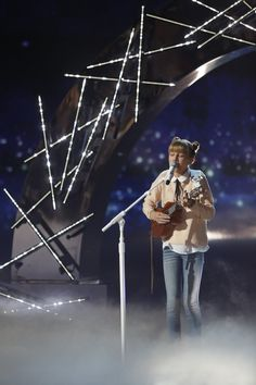 light the sky by grace vanderwaal performed at the agt semifinals- this gave me chills
