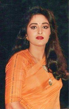 Bollywood Actress Hot, Beautiful Bollywood Actress, Most Beautiful Indian Actress, Bollywood Fashion, Beautiful Actresses, Bollywood Stars, Hindi Actress, Indian Celebrities, Bollywood Celebrities