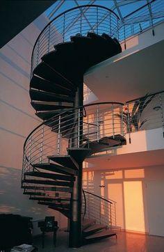Las escaleras de caracol