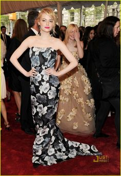The Globes Calvin and then this fab floral Lanvin for the #metgala 2011.  Emma Stone rocks! #fashion