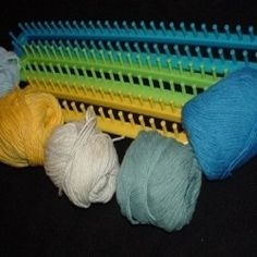 You can make scarfs, leg warmers, shawls, blankets, crafts and much more using the set of long Knifty Knitter looms manufactured by Provo Craft....
