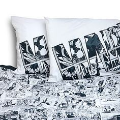 This Marvel Avengers Stripe Sheet Set features a lot of Marvel heroes, including Captain America, Daredevil, Hulk, Iron Man, Luke Cage, Spider-Man, and Thor - just to name a few!