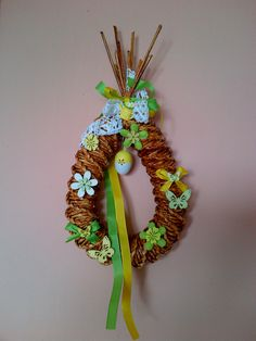velikonoční slza Wreaths, Halloween, Decor, Paper Envelopes, Easter Activities, Repurpose, Decoration, Door Wreaths, Deco Mesh Wreaths