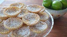 Tartelettes à l'érable, à la lime et à la noix de coco Fudge, Tartelette, Muffin, Good Food, Sugar, Christmas Recipes, Breakfast, Desserts, Random