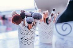 Diy Makeup, Makeup Tips, Makeup Ideas, Beauty Makeup, Hipster Indie, Affordable Makeup Brushes, Drunk Elephant, Makeup Brush Holders, Best Moisturizer