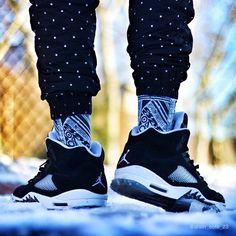 "kickzzondeck: ""Air Jordan 5s ""Oreos"" ⚪️♠️ Like and Reblog if you like these Oreo 5s Follow; kickzzondeck """