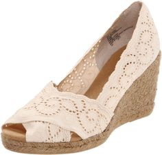 Amazon.com: White Mt. Women's Mandarin Espadrille Pump: Shoes