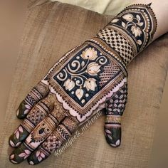 94 Easy Mehndi Designs For Your Gorgeous Henna Look Latest Bridal Mehndi Designs, Indian Mehndi Designs, Henna Art Designs, Stylish Mehndi Designs, Mehndi Designs 2018, Mehndi Design Images, Mehndi Designs For Girls, Wedding Mehndi Designs, Tattoo Designs