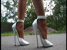 Ouch! Those are high as fuck! #highheelsextreme