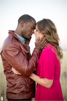 I adore this beautiful black and white couples pics Interacial Love, Interacial Couples, Mixed Couples, Cute Couples, Black And White Couples, White Women, Black White, Couple Photography, Wedding Photography