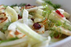 Salade van venkel, halloumi, cranberry en dille