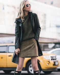 Helena Glazer Hodne wearing Hunter Original Tall Boots @brooklynblonde1