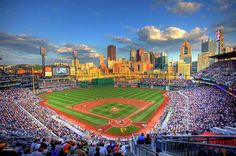 Hilton Garden Inn Pittsburgh University Place and Pittsburgh Pirates Baseball Game Packages Baseball Buckets, Baseball Tips, Baseball Park, Better Baseball, Baseball Games, Baseball Field, Baseball Scoreboard, Baseball Scores, Baseball Pictures