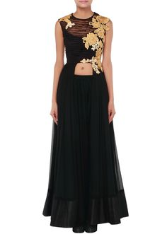 Black anarkali suit adorn in pleats and embossed zari embroidery only on Kalki - Kalkifashion.com