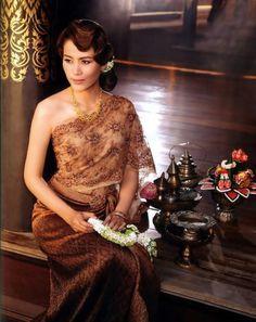 Thai Traditional Dress <3