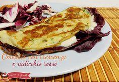 Omelette con crescenza e radicchio rosso