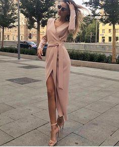 18 Fashion Wrap Dresses Classy Glamsugar com Pretty Dresses, Sexy Dresses, Beautiful Dresses, Evening Dresses, Casual Dresses, Fashion Dresses, Dresses For Work, Wrap Dresses, Formal Dresses