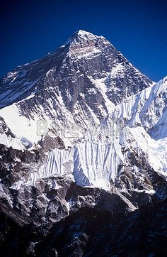 Art Print of Mount Everest with clear blue sky in the Nepal Himalaya mountain range. Search 33 Million Art Prints, Posters, and Canvas Wall Art Pieces at Barewalls. Nepal, Bergen, Wonderful Places, Beautiful Places, Everest Base Camp Trek, Photos Voyages, Merida, Tibet, Beautiful Landscapes