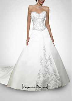 Beautiful Elegant Divine Satin Sweetheart Neckline Gall Gown /  Wedding Dress In Great Handwork