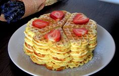 Waffles, Deserts, Breakfast, Sweets, Morning Coffee, Waffle, Postres, Dessert, Plated Desserts