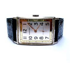 ► Thanks for visiting our store antiques and collectibles !  ★ SALE SINCE 1910. THIRD GENERATION OF COLLECTORS ★  ► Tell us if you have an offer !  Now available, to enjoy his collection, the following article:  An excellent piece collection of high-end watches  We offer mens wristwatch  Brand: MARCONI de Rolex  Model: Rectangle - Classic  Style: Art Deco  Measures: 26mm x 34mm (without the crown)  Circa: 1940 (watch more than 76 years)  Origin: Switzerland  Dial two colors signed MARCONI…
