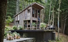 Off-the-grid 14x14 feet Cabin in New York | Wave Avenue