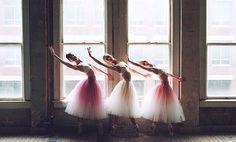 Gorgeous dancers!