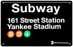 地下鉄161番街駅- ヤンキー・スタジアム ブリキ看板