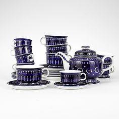 """Valencia"", Ulla Procopé för Arabia, 1900-talets andra hälft. Kosta Boda, Earthenware, Sugar Bowl, Bowl Set, Valencia, Finland, Ceramics, Mugs, Tableware"