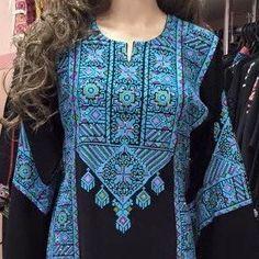 Black Dress / kaftan / Tobe / Thobe with bautiful blue colour Palestinian Cross Stitch / Embroidery Embroidery On Clothes, Embroidered Clothes, Embroidery Dress, Big Dresses, Ivory Dresses, Bohemian Costume, Abaya Fashion, Fashion Outfits, Beautiful White Dresses