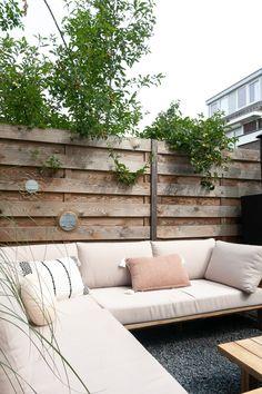 Style and Sugar Outdoor Lounge, Outdoor Living, Outdoor Decor, Back Gardens, Outdoor Gardens, Backyard House, Garden Steps, Backyard Makeover, Pergola Designs