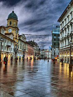 Downtown city Rijeka after the Rain Vacation Places, Places To Travel, Places To Visit, Dubrovnik, Croatian Coast, Europe, Beautiful Streets, City Architecture, City Photography