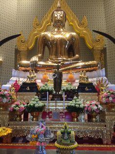 ワットトライミット 150億円以上の価値の黄金の仏像! ヤワラートの黄金仏寺院