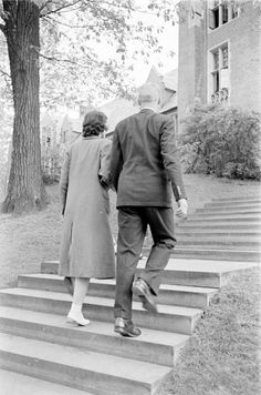 Wellesley College, 1938 | Photographer: Alfred Eisenstaedt | Date taken: 1938 | Location: US | LIFE Archive - Hosted by Google