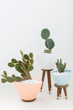 DIY mid century planters | sugar &  cloth
