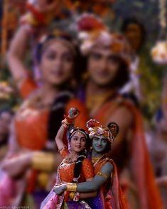 Image may contain: 4 people Radha Krishna Quotes, Radha Krishna Pictures, Radha Krishna Photo, Krishna Photos, Krishna Art, Radhe Krishna Wallpapers, Lord Krishna Wallpapers, Krishna Leela, Cute Krishna