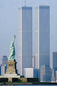lady liberty and twin towers. nyc love this picture.