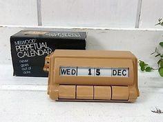 Wooden Calendar, Perpetual Calendar, Smart Furniture, Cad Drawing, Calendar Design, Wooden Art, Desk Organization, The Good Old Days, Detailed Image