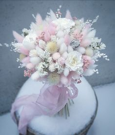 Lovely and delicate bouquet pastel flowers arrangement ll - Blumen - Beautiful Flower Arrangements, Wedding Flower Arrangements, Floral Arrangements, Beautiful Flowers, Wedding Flowers, Bride Bouquets, Floral Bouquets, Floral Wreath, Bulb Flowers
