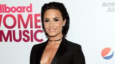 Demi Lovato wants to clear the air with Taylor Swift
