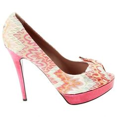 Pre-owned Missoni Cloth Heels ($238) ❤ liked on Polyvore featuring shoes, pumps, pink, women shoes heels, pre owned shoes, missoni, pink pumps, missoni pump and missoni shoes