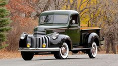 Black beauty 1946 Chevy Truck, Chevy Pickup Trucks, Vintage Pickup Trucks, Old Pickup, Classic Chevy Trucks, Chevy Pickups, Chevrolet Trucks, Dodge Trucks, Vintage Cars