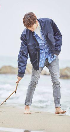 ths scene from Strong Women DBS 😍 Park Hyung Sik, Korean Star, Korean Men, Strong Girls, Strong Women, Park Hyungsik Lockscreen, Asian Actors, Korean Actors, Ahn Min Hyuk