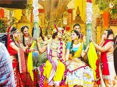 Mac Lipstick Colors, Radha Krishna Pictures, Krishna Love, Radhe Krishna, On Set, Fair Grounds, Lovers, Radha Krishna Images
