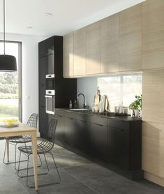 Small kitchen layout: tips to save space, storage – decor Small Kitchen Makeovers, Small Kitchen Layouts, Modern Kitchen Design, Interior Design Kitchen, Kitchen Decor, Kitchen Ideas, Kitchen Furniture, Modern Bar, Ikea Kitchen
