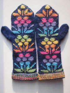 lapanen   taikinatakki Gloves, Winter, Fashion, Winter Time, Moda, Fashion Styles, Mittens, Fashion Illustrations, Fashion Models