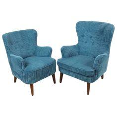 2 prachtig opnieuw gestoffeerde Artifort fauteuils in stevige petrol blauwe ribcord van 100.000 martindale Setprijs