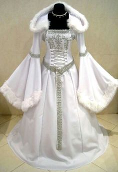MEDIEVAL WEDDING DRESS VICTORIAN GOTH …
